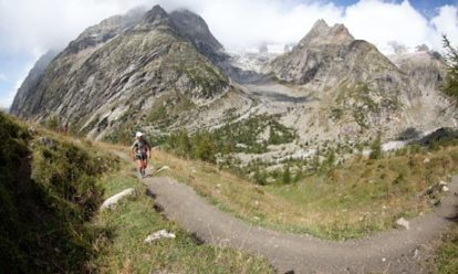 Lizzy Hawker on the Ultra-Trail du Mont-Blanc